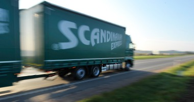 Foto: En uppsättning tandem lastbil.
